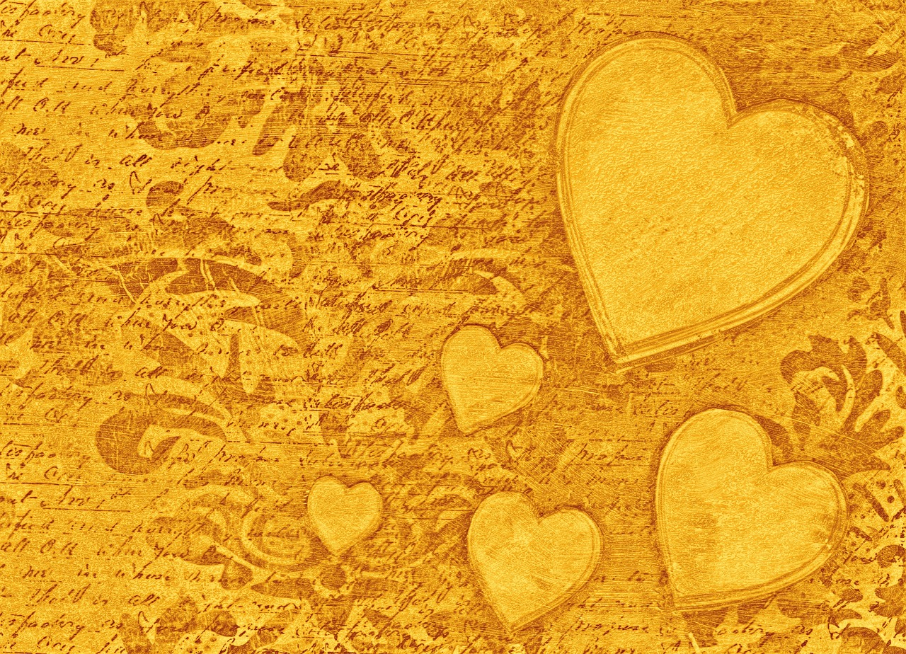 gold-heart-background-1123650_1280