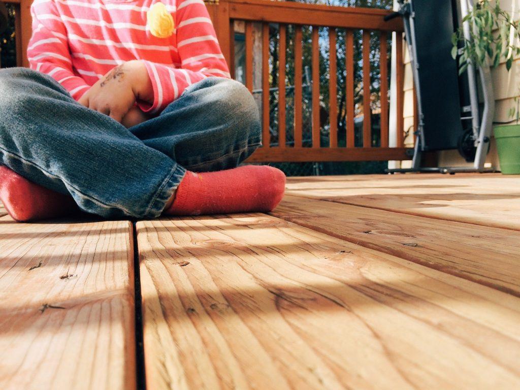 wood-926724_1280